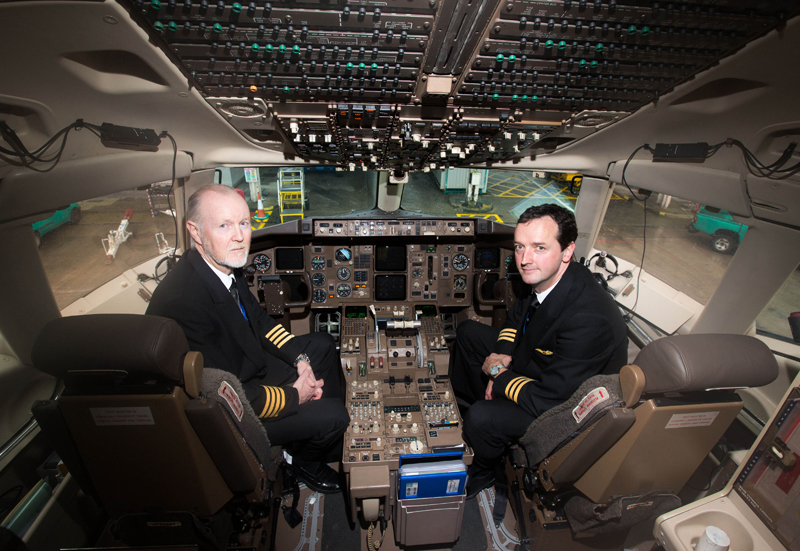 Aer-Lingus-Captain-Leo-Smyth-and-Co-Pilot-Brian-Boyle-on-hand-to-help-launch-the-Shannon-Boston-Aer-Lingus-daily-flights